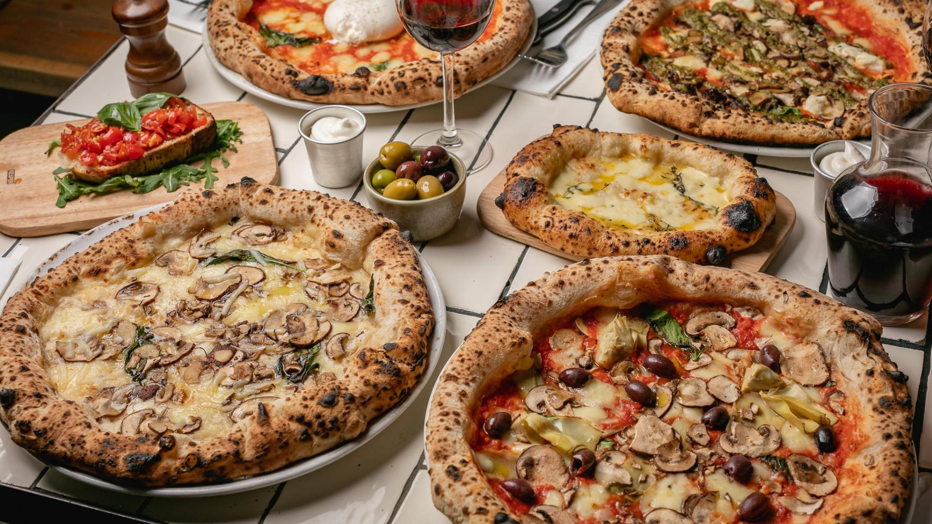 This is a photo of pizzas at Crust Bro's bottomless brunch in Waterloo.